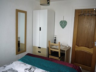 Scotland, Largs - Cozy & Complete  Holiday Flat - Largs vacation rentals