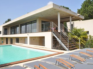 Nice Villa with Internet Access and Central Heating - Les Angles vacation rentals