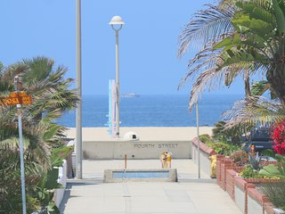 Steps to the Sand! - Hermosa Beach vacation rentals