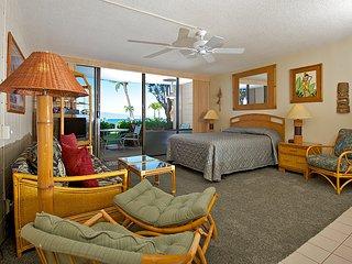 Ocean front ground floor studio in Kahana - Lahaina vacation rentals