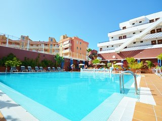 Good rest near the beach. Large studio. Wi-fi. - Los Cristianos vacation rentals