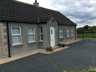 Comfortable 2 bedroom Cottage in Portaferry with Internet Access - Portaferry vacation rentals