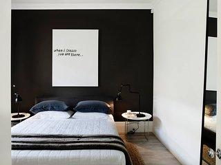2 bedroom Condo with Television in Sydney - Sydney vacation rentals