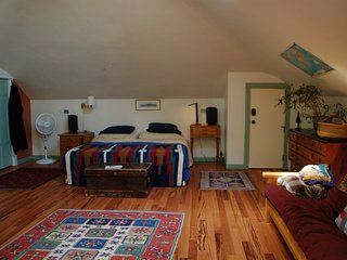 1 bedroom Condo with Internet Access in Portland - Portland vacation rentals