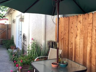 Furnished 1-Bedroom Home at W Magnolia Blvd & Fulton Ave Los Angeles - North Hollywood vacation rentals