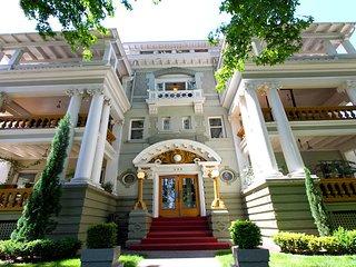 Historic 1905 Centennial Apartment - Portland vacation rentals