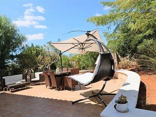 Dependance-a-Matino-inside-of-a - Matino vacation rentals