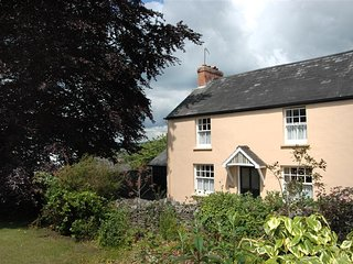 Lovely Cottage with Television and Microwave - Talgarth vacation rentals