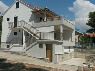 Cozy 2 bedroom Condo in Milna (Brac) - Milna (Brac) vacation rentals