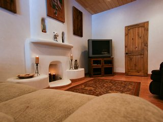 LUXURY MOUNTAIN VIEW SUITES - Taos vacation rentals