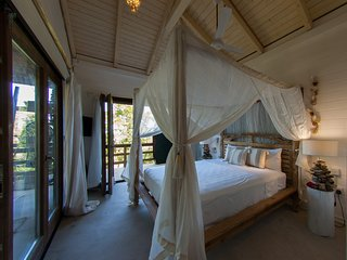 New to the Market! Hummingbird Beach Hut - Amitie vacation rentals