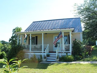 Cottage at Massies Mill & the Blue Ridge Mountains - Massies Mill vacation rentals