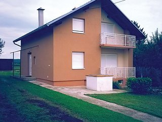 Nice 1 bedroom House in Pakrac - Pakrac vacation rentals