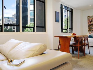Honey Apartments 1 - Queen St & Flinders Lane CITY - Melbourne vacation rentals