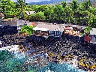 Oceanfront one bedroom Honeymoon Cottage, Breathtaking views - Kailua-Kona vacation rentals