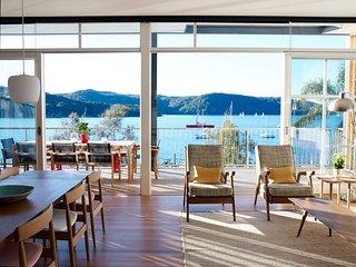 SCOTLAND ISLAND HOUSE - Contemporary Hotels - Scotland Island vacation rentals