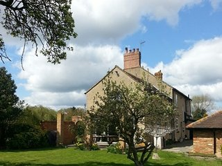 Upper Wood End Farm B&B Room 1 - Marston Moretaine vacation rentals