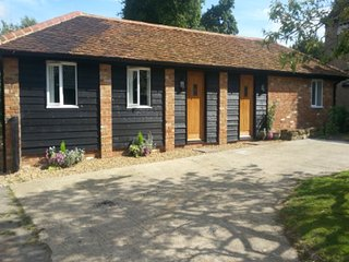 Upper Wood End Farm Holiday Cottage No. 2 - Marston Moretaine vacation rentals