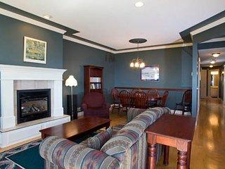 Extra Large Deluxe 2 Bedroom/2 Bath Condo - Silver Star Mountain vacation rentals