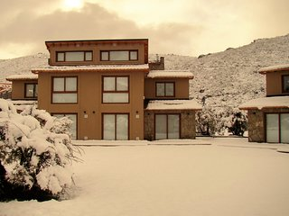 Great Location 2BD Home 300m from the Ski Lift! - Villa Catedral vacation rentals