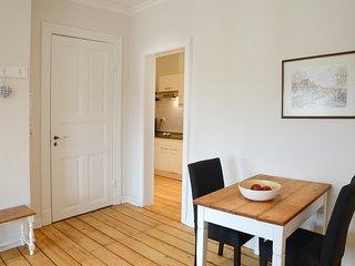 Ferienwohnung auf dem Deich - Opa's Stube - Hamburg vacation rentals