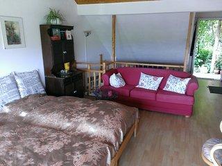 Ferienwohnungen Willrich - Ferien-Ap.3 - Leudersdorf vacation rentals