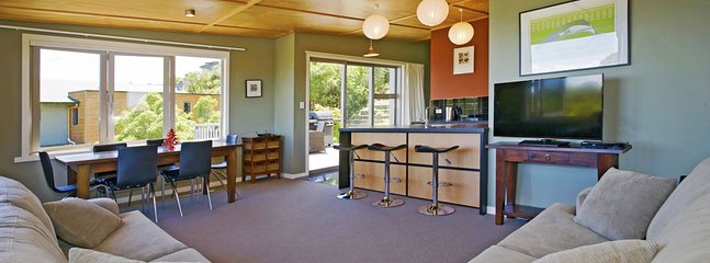2 bedroom Apartment with Television in Nelson - Nelson vacation rentals