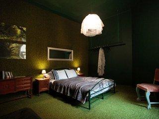 Flamingo Boutique Apartment -2 rooms - Krakow vacation rentals