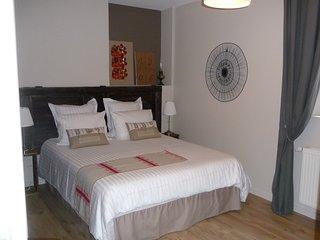 La Cour St Fulrad, meublé de charme, LE PORCHE**** - Saint-Hippolyte vacation rentals