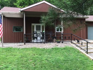 Corning Vacation Rentals (marsh creek cabin) - Corning vacation rentals
