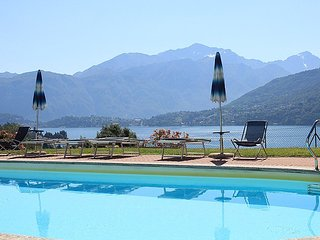 Bright 1 bedroom House in Mezzegra with Deck - Mezzegra vacation rentals