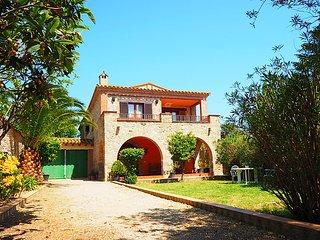 5 bedroom Villa in Castello d Empuries, Costa Brava, Spain : ref 2285097 - Fortia vacation rentals