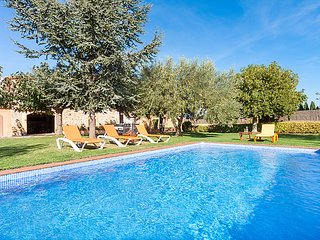 4 bedroom Villa in Pals, Costa Brava, Spain : ref 2242349 - Pals vacation rentals