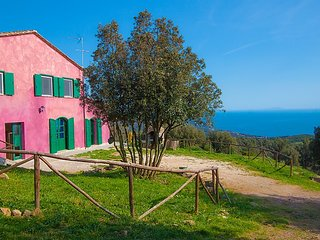 3 bedroom Villa in Castiglioncello, Costa Etrusca, Italy : ref 2217838 - Castellaccio vacation rentals