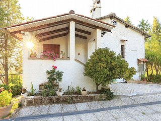 Charming 4 bedroom House in Terni with Deck - Terni vacation rentals