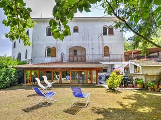 3 bedroom House with Deck in Sant'Agata sui Due Golfi - Sant'Agata sui Due Golfi vacation rentals