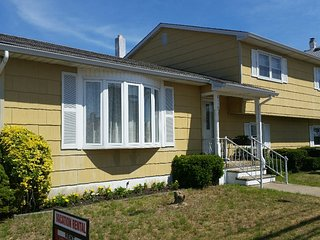6910 Seaview Avenue - Wildwood vacation rentals