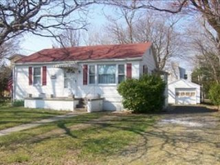 Comfortable House with Internet Access and Washing Machine - Cape May Point vacation rentals