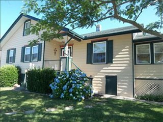 Adorable 4 bedroom Cape May House with Internet Access - Cape May vacation rentals