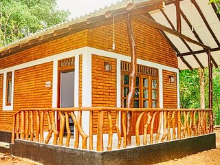 Hotel Mastodon : Rooms/Camping Tents/Safari Jeeps - Udawalawa vacation rentals