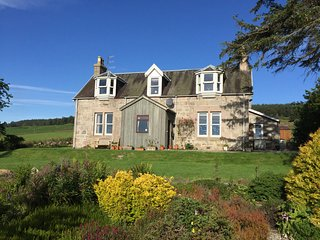 Balvattan Farmhouse, Boat of Garten near Aviemore - Boat of Garten vacation rentals