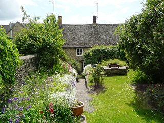 Nice 3 bedroom Cottage in Northleach - Northleach vacation rentals