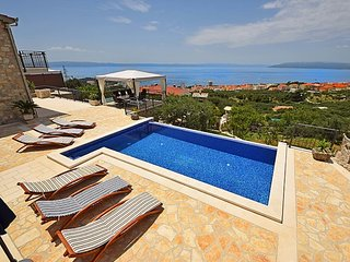 Villa Bellaviasta**** with private pool and garden - Makarska vacation rentals