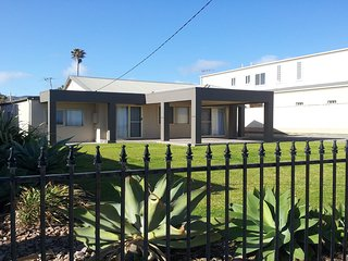 Nice 3 bedroom House in Sellicks Hill - Sellicks Hill vacation rentals