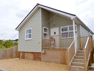 Solent View, Gurnard, Cowes, Isle of Wight - Gurnard vacation rentals