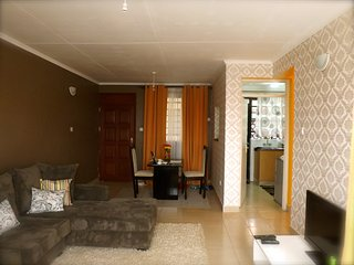 2 bedroom Condo with Internet Access in Nairobi - Nairobi vacation rentals