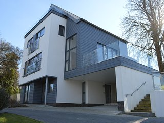 Solent Heights, Cowes, Isle of Wight - Cowes vacation rentals