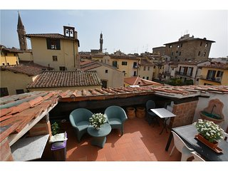 1082 DUOMO APARTMENT WITH HUGE TERRACE AND ELEVATOR - Florence vacation rentals