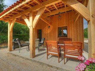 2 bedroom Chalet with Internet Access in La Chapelle-Aubareil - La Chapelle-Aubareil vacation rentals