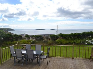 Perfect 2 bedroom Bungalow in Aberdaron - Aberdaron vacation rentals